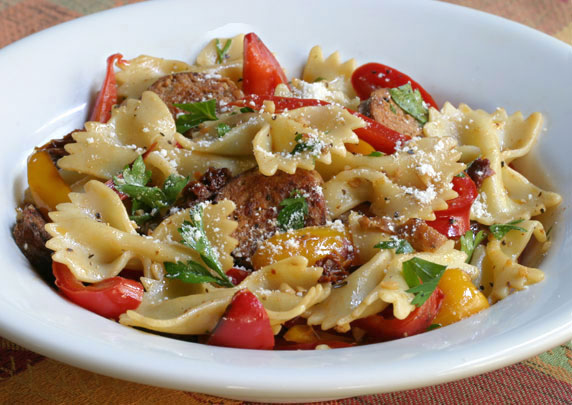 Italian sausage, peppers & pasta