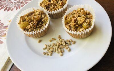 Grape Oatmeal Cups from the Family Immunity Cookbook by Toby Amidor